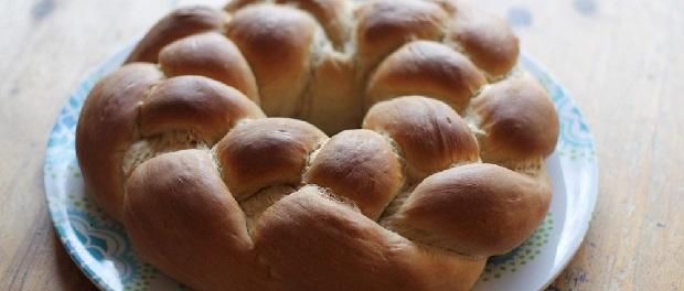 Paasbrood maken vlechtbrood thumbnail