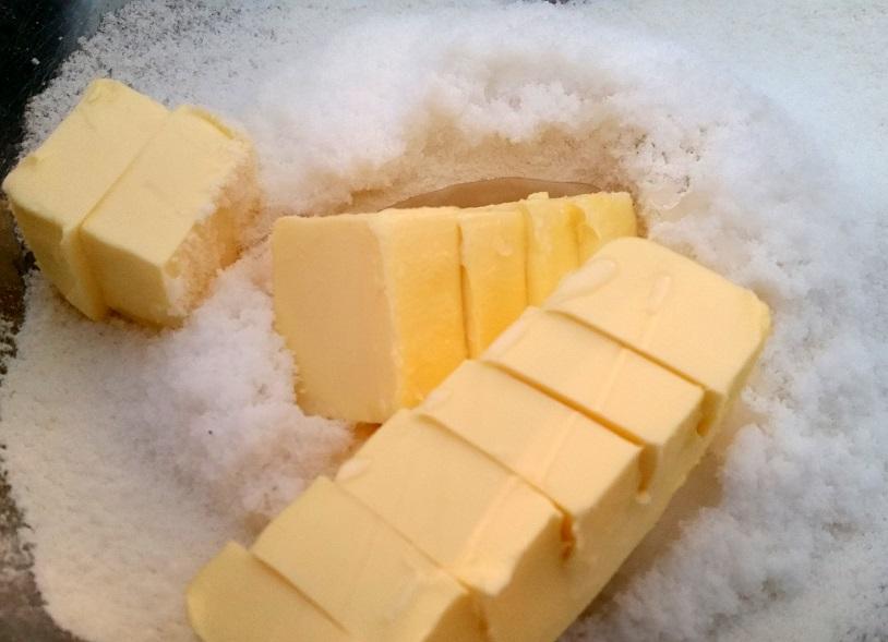 Boter in kom, Gevulde koeken maken