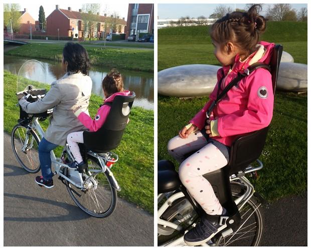 Fietsen op een Bobike fietsstoeltje